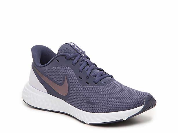 Amelia on   Nike women, Nike shoes, Running shoes nike