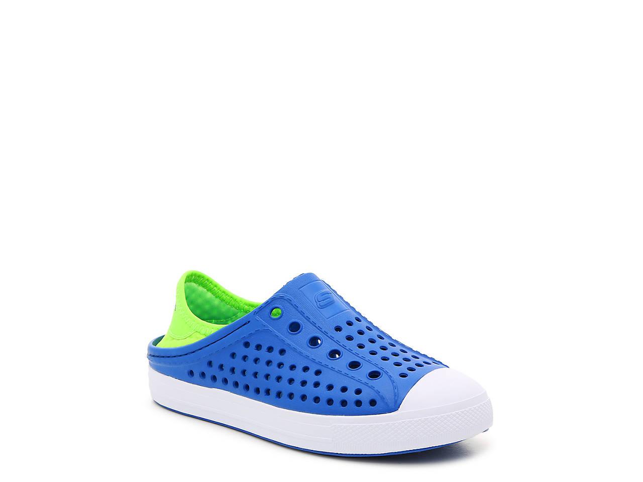 Guzman Steps Aqua Surge Slip-On Sneaker - Kids'