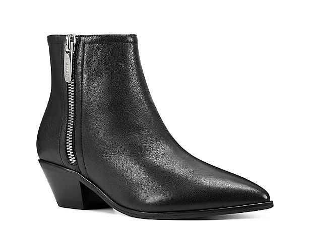 bättre affär i lager Women's Black Nine West Boots | DSW