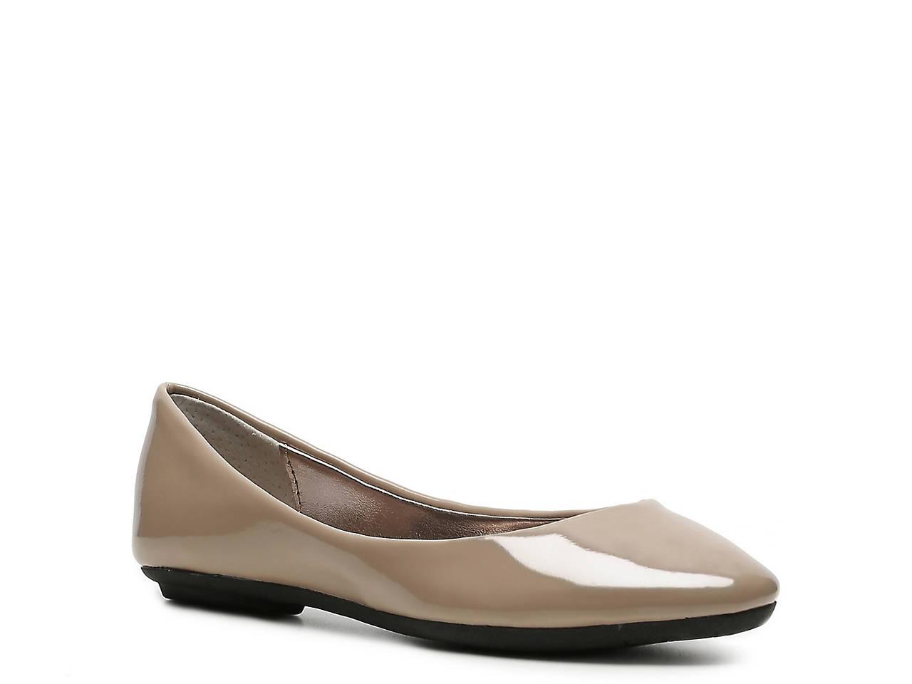 cc01bf440b5 Steve Madden Heaven Patent Ballet Flat Women s Shoes
