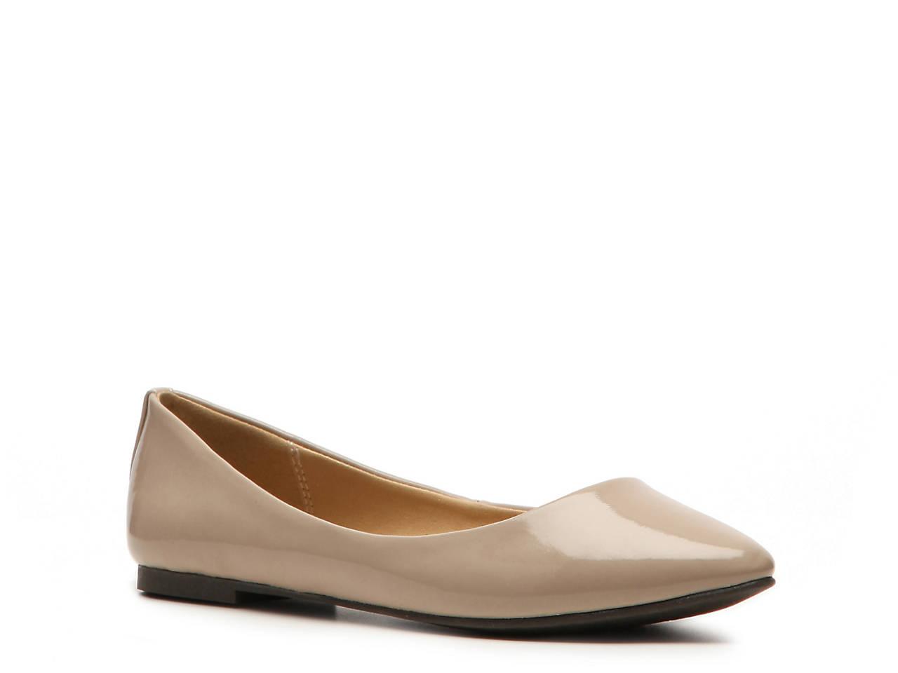 b3c100eb97d8 Steve Madden Angel Patent Flat Women s Shoes