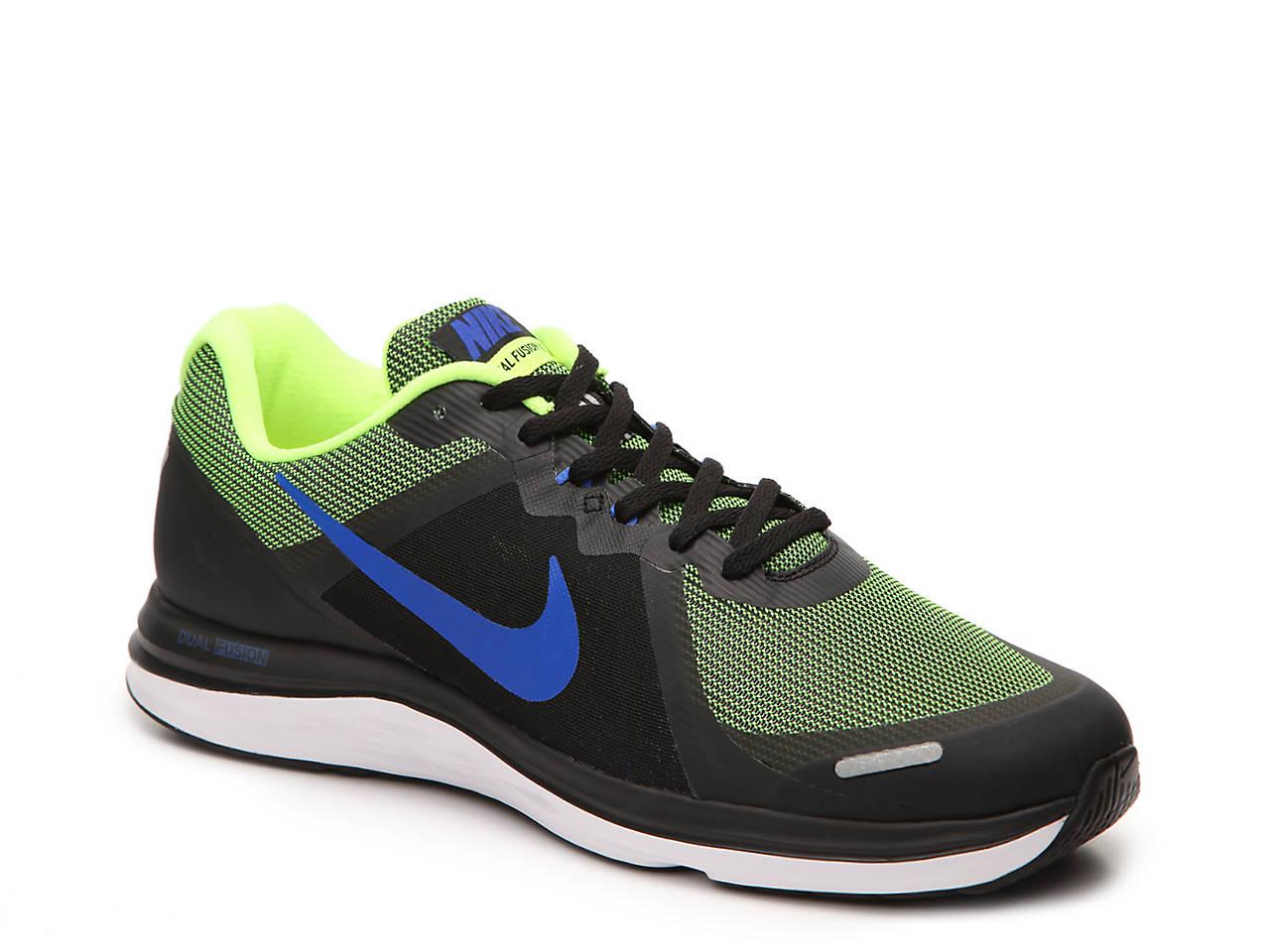 34f0b3c1fc9554 Nike Dual Fusion X2 Lightweight Running Shoe - Men s Men s Shoes