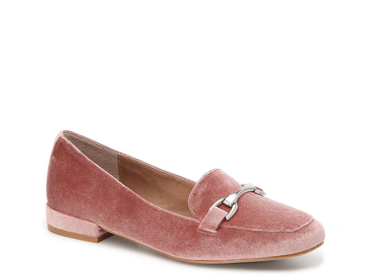 Pawly Velvet Loafer